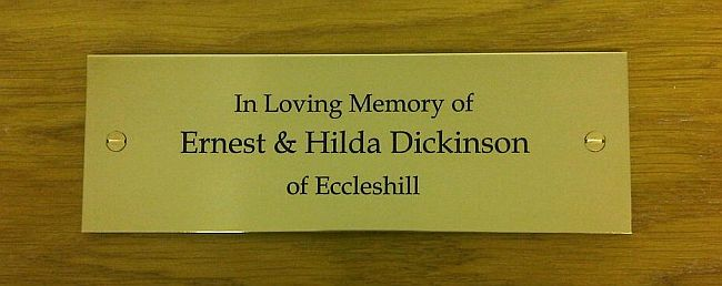 Brass memorial bench personalised plaques engraved